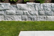 bauen und gestalten mit naturstein lauster steinbau gestalten mit krastaler marmor. Black Bedroom Furniture Sets. Home Design Ideas