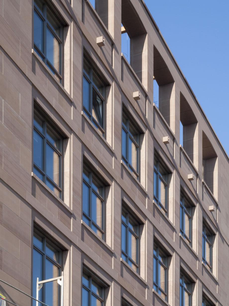 Bauen und gestalten mit naturstein lauster steinbau for Haus bauen stuttgart
